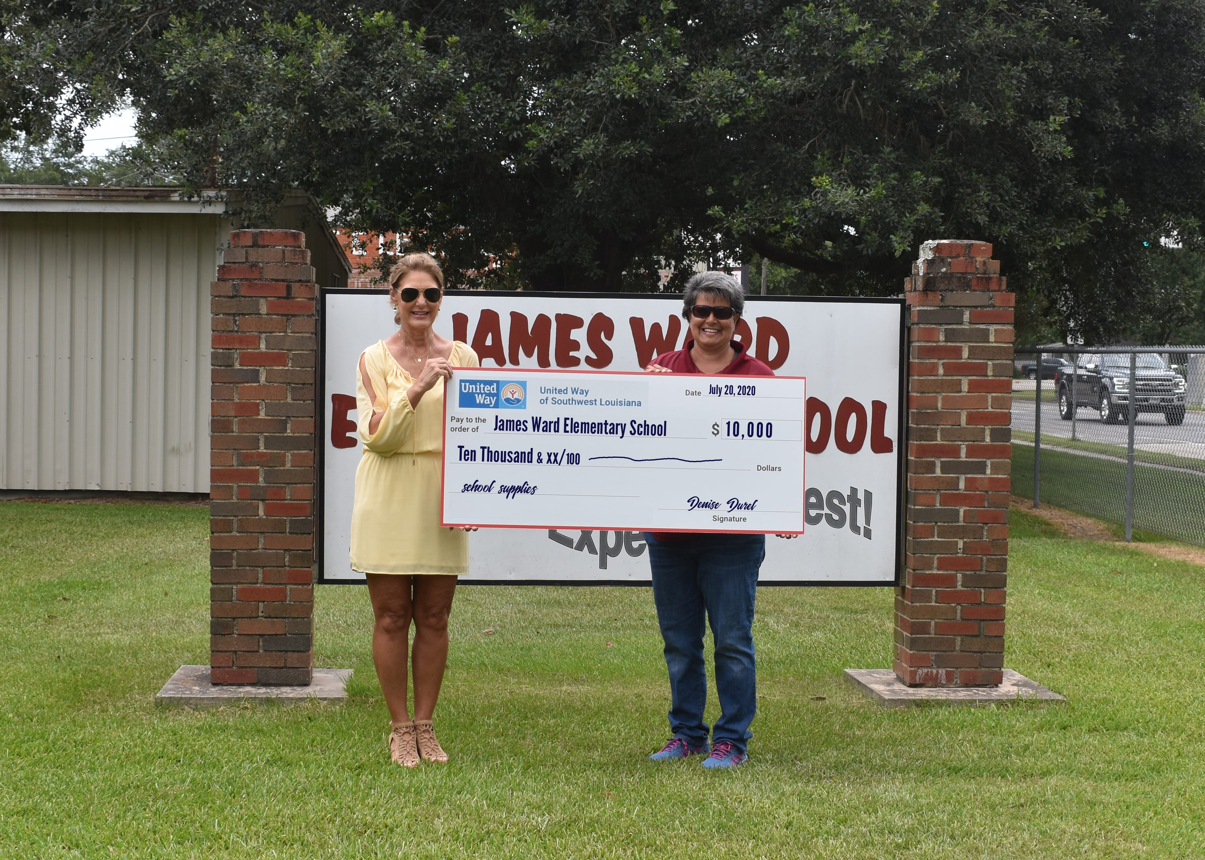 United_Way_Donates_$10k_to_James_Ward_Elementary_School_Jennings.jpg